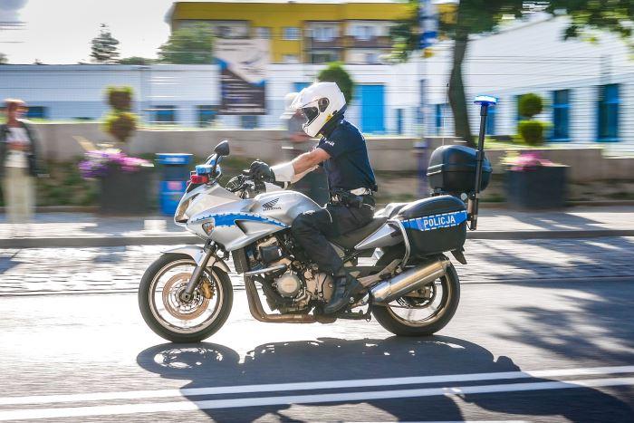 Policja Suwałki: DOBÓR DO SŁUŻBY W POLICJI TRWA